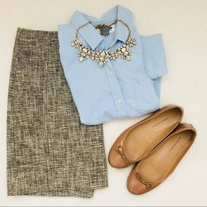 LOFT Gray Textured Pencil Skirt